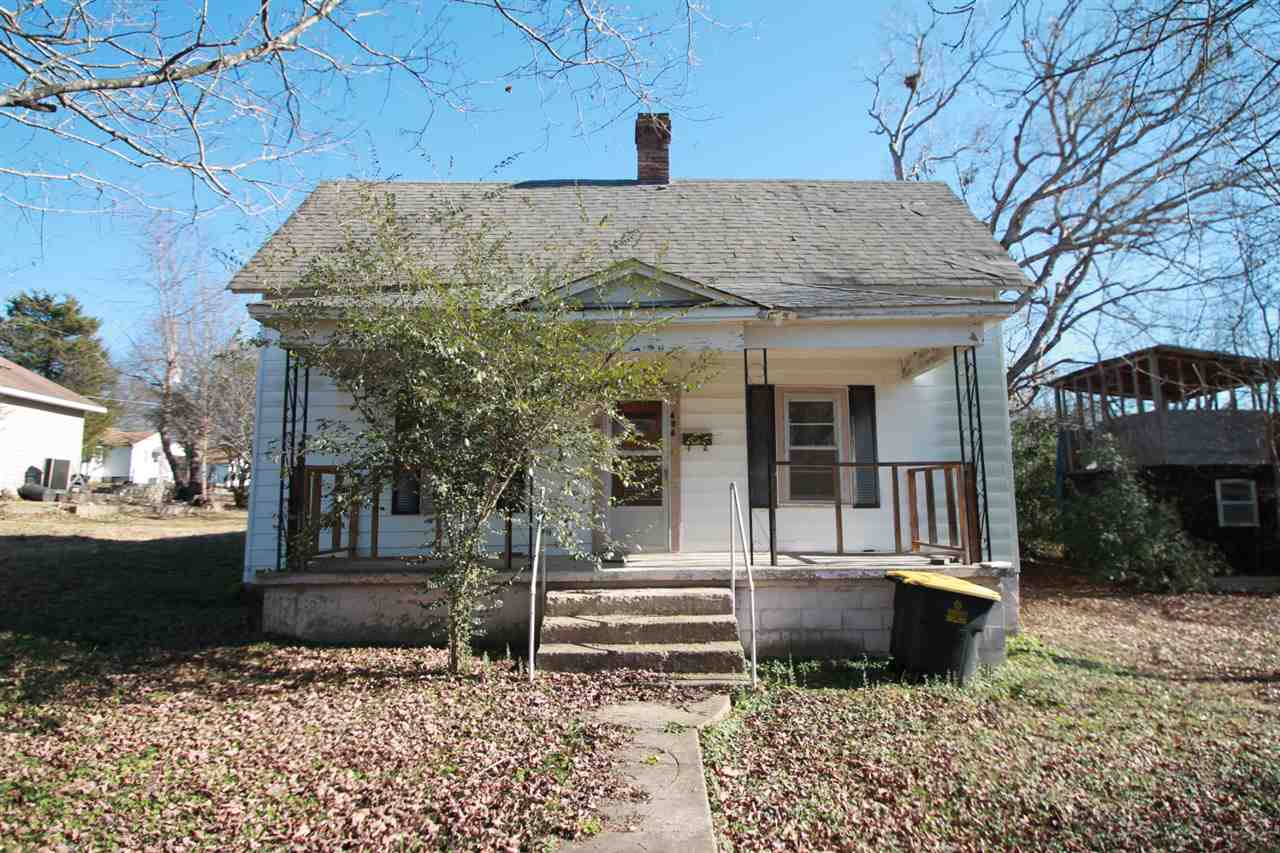 Photo of 404 1st St  Doniphan  MO