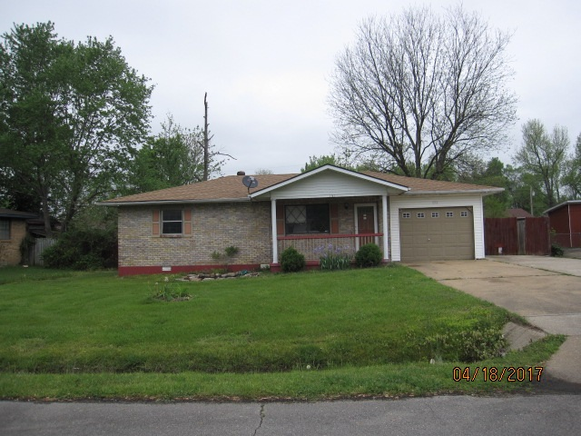 Photo of 151 Hampton Court  Poplar Bluff  MO