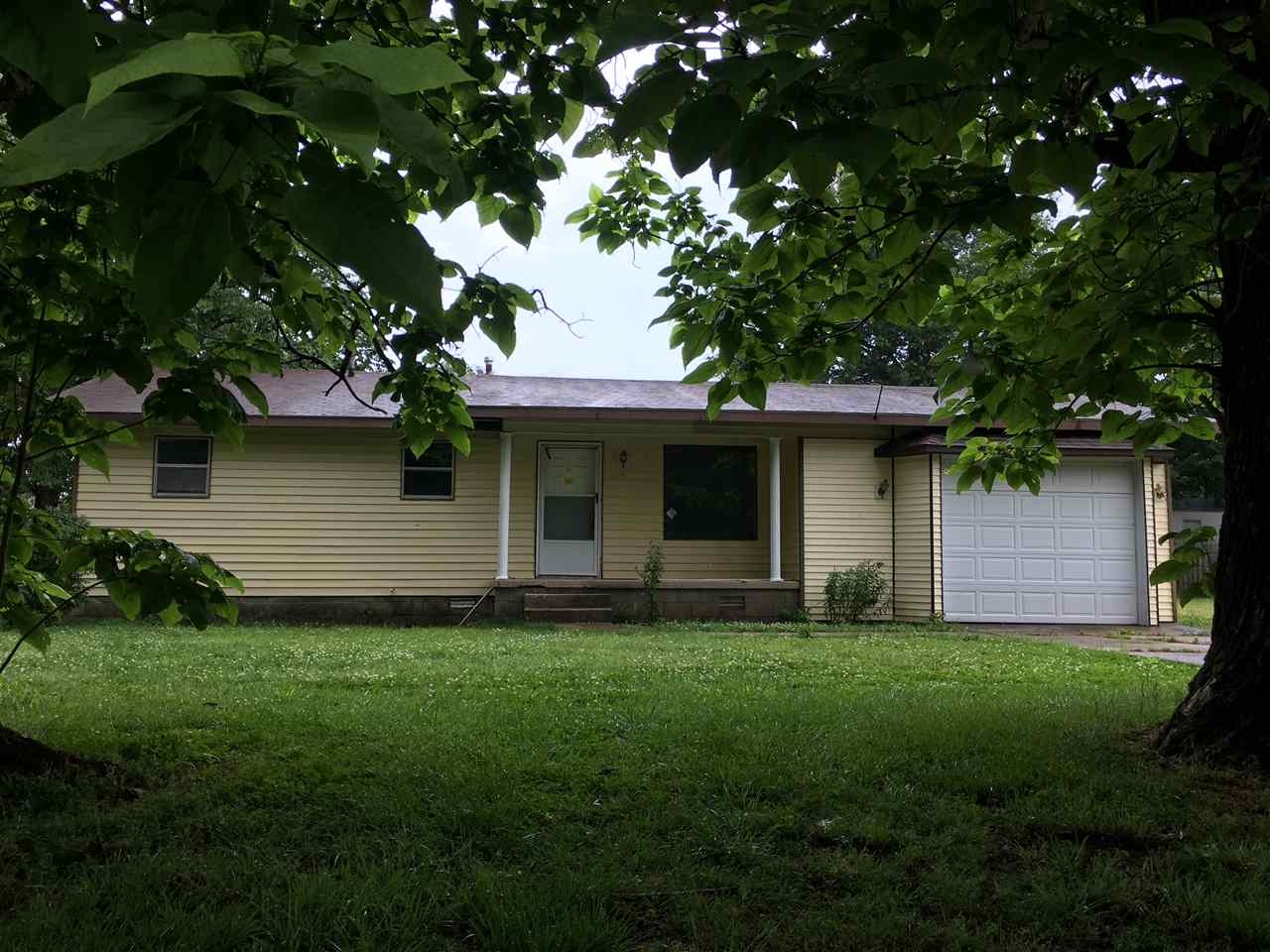 Photo of 557 1st Street  Qulin  MO