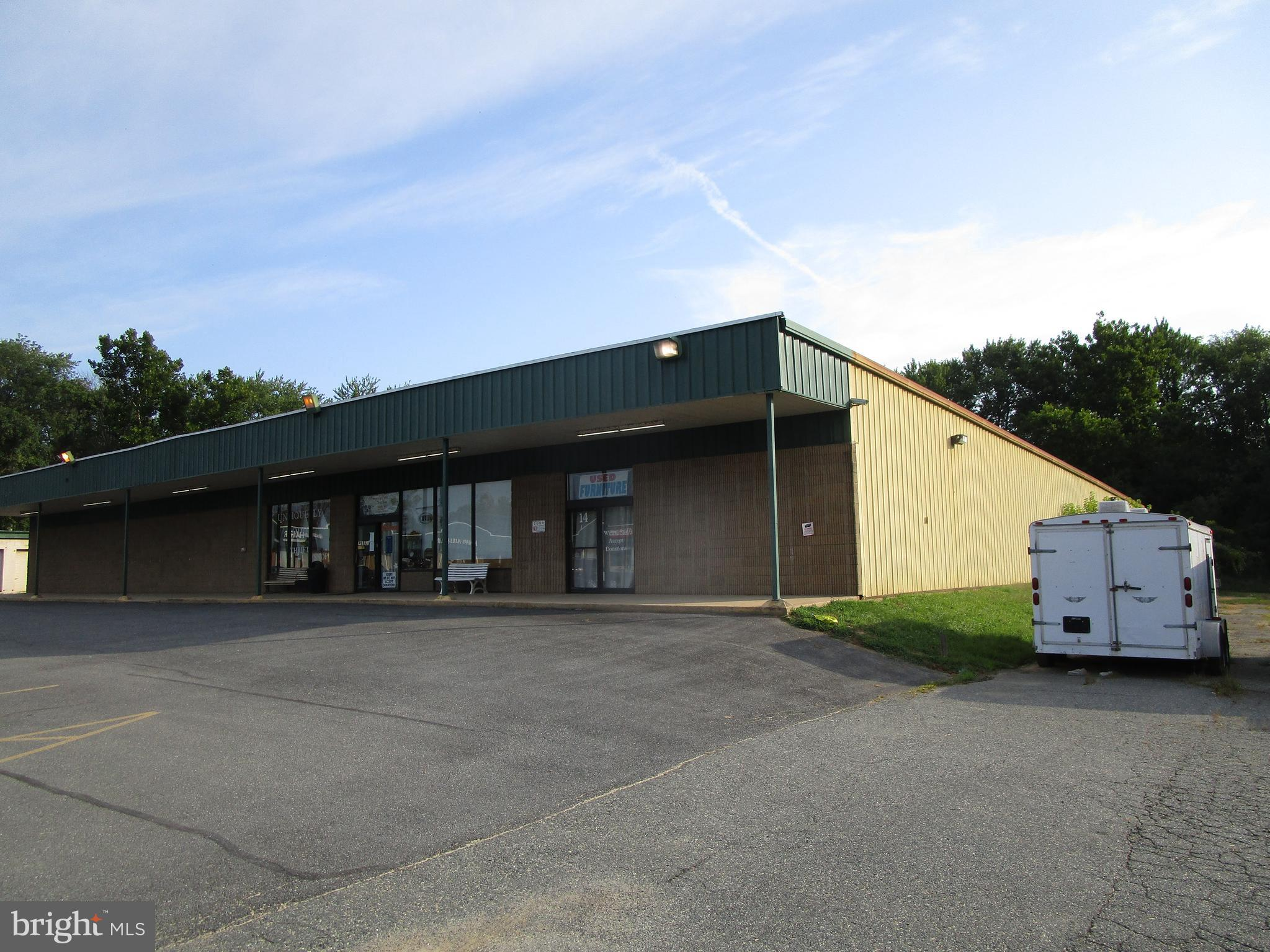 primary photo for 14 COMMERCIAL PLAZA, ELKTON, MD 21921, US