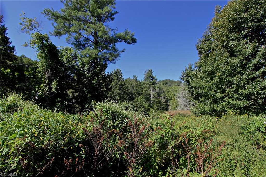 Image of  for Sale near Blowing Rock, North Carolina, in Watauga County: 1.69 acres