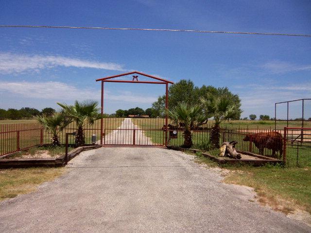 Real Estate for Sale, ListingId: 31788618, Uvalde,TX78801
