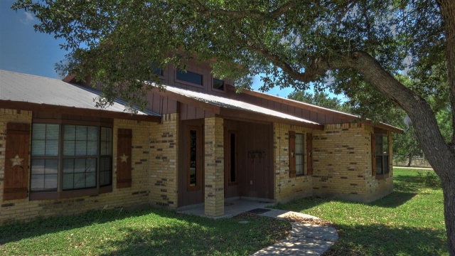 Photo of 107 Lantana rd  Con Can  TX