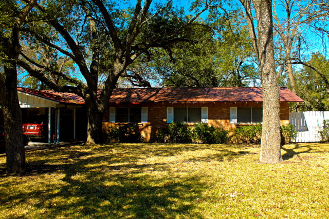 Real Estate for Sale, ListingId: 36813844, Uvalde, TX  78801