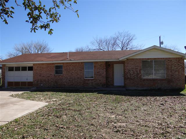 Photo of 1404 Jim Gooch  Three Rivers  TX