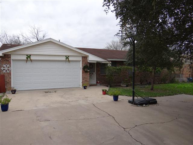 Photo of 1405 Jim Gooch  Three Rivers  TX