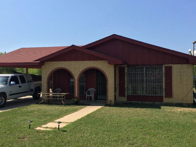 Photo of 327 Carrizo Hill Dr  Carrizo Springs  TX