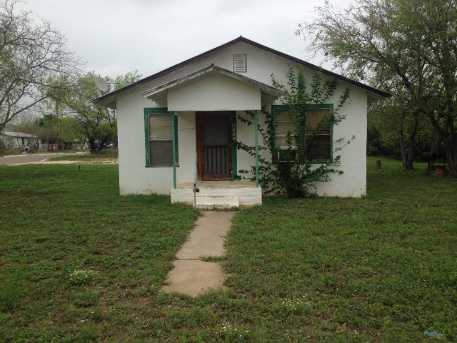 Photo of 2111 Valley St  Carrizo Springs  TX