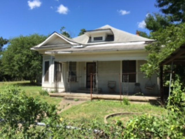 Photo of 515 San Antonio ST  Sabinal  TX