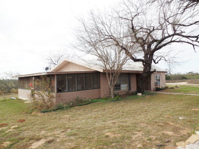 Photo of 271 Jim Howard  Carrizo Springs  TX