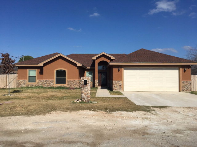 Photo of 1305 Richey St  Carrizo Springs  TX