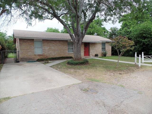 Photo of 108 Evergreen  Uvalde  TX