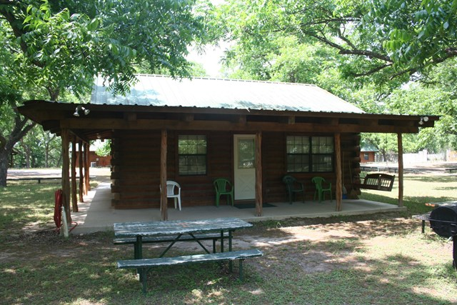 Photo of 409 Red Wright Rd  Leakey  TX