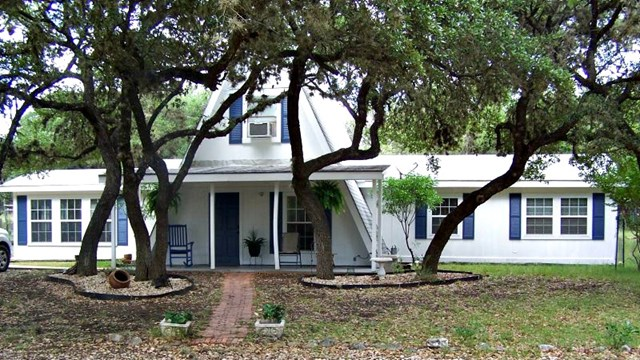 Photo of 157 Spring Branch Dr  Leakey  TX