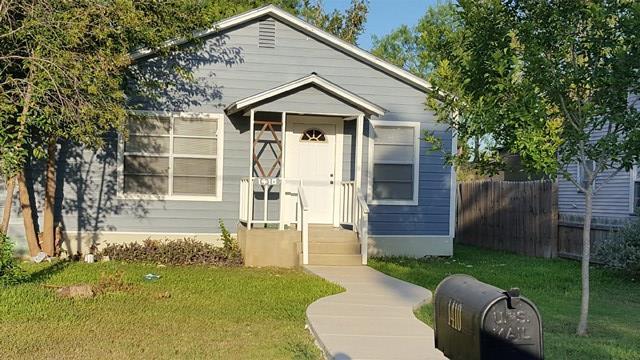 Photo of 1410 Park St  Uvalde  TX