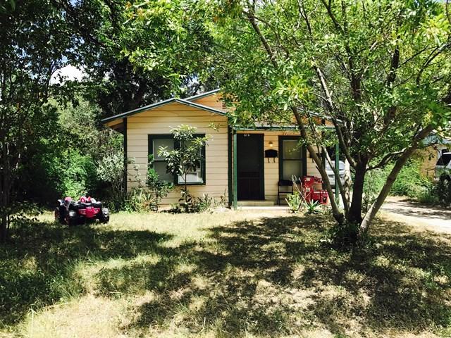 Photo of 612 W Garden Street  Uvalde  TX