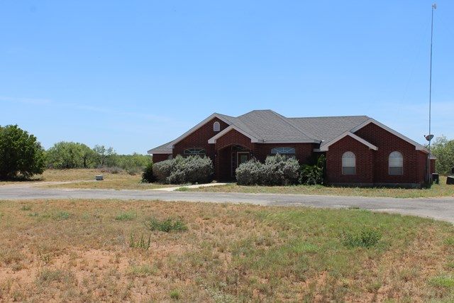Photo of 5261 HWY 277 W  Carrizo Springs  TX