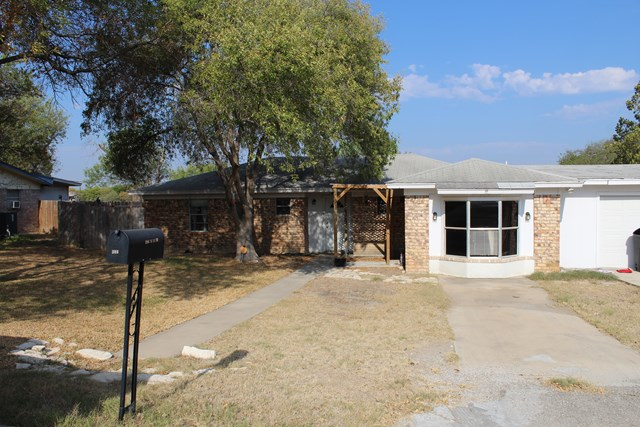 Photo of 306 S 11th St  Carrizo Springs  TX