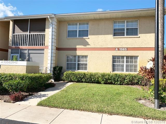 1565 Royal Green Circle  #A-202, Port Saint Lucie, Florida