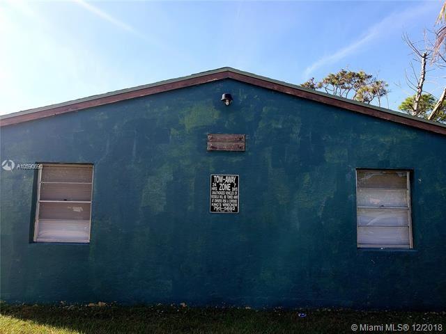 2143 Laura Ln, West Palm Beach, Florida