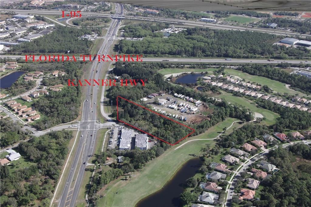 One of Stuart Homes for Sale at 1010 SW Kanner Highway