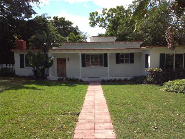 254 Essex, West Palm Beach, FL 33405