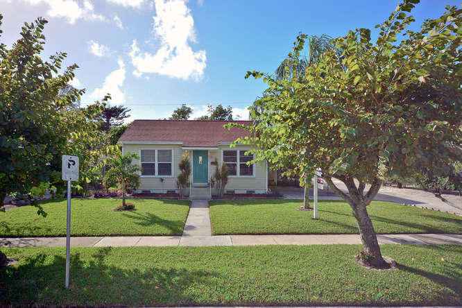 Photo of 832 Lytle Street  West Palm Beach  FL