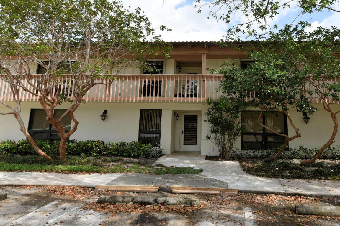 Photo of 214 Brackenwood Terrace  Palm Beach Gardens  FL