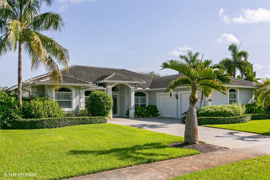 619 Shore Road, North Palm Beach, Florida
