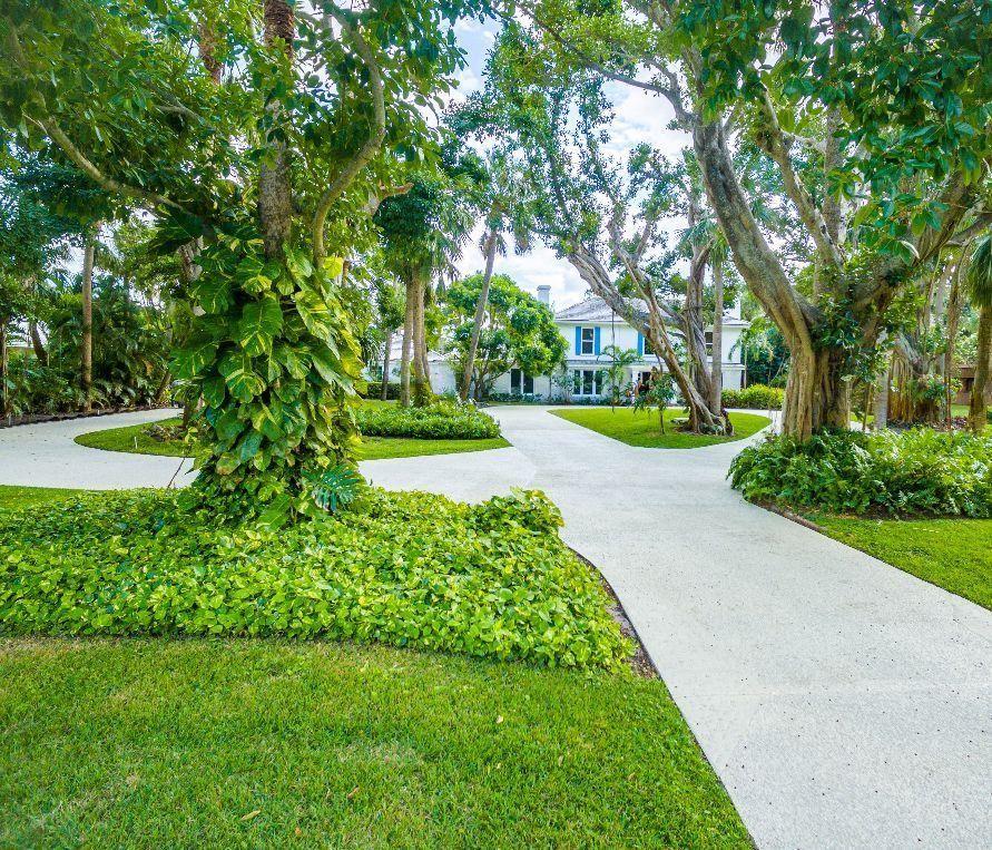 12400 Plantation Lane North Palm Beach, FL 33408