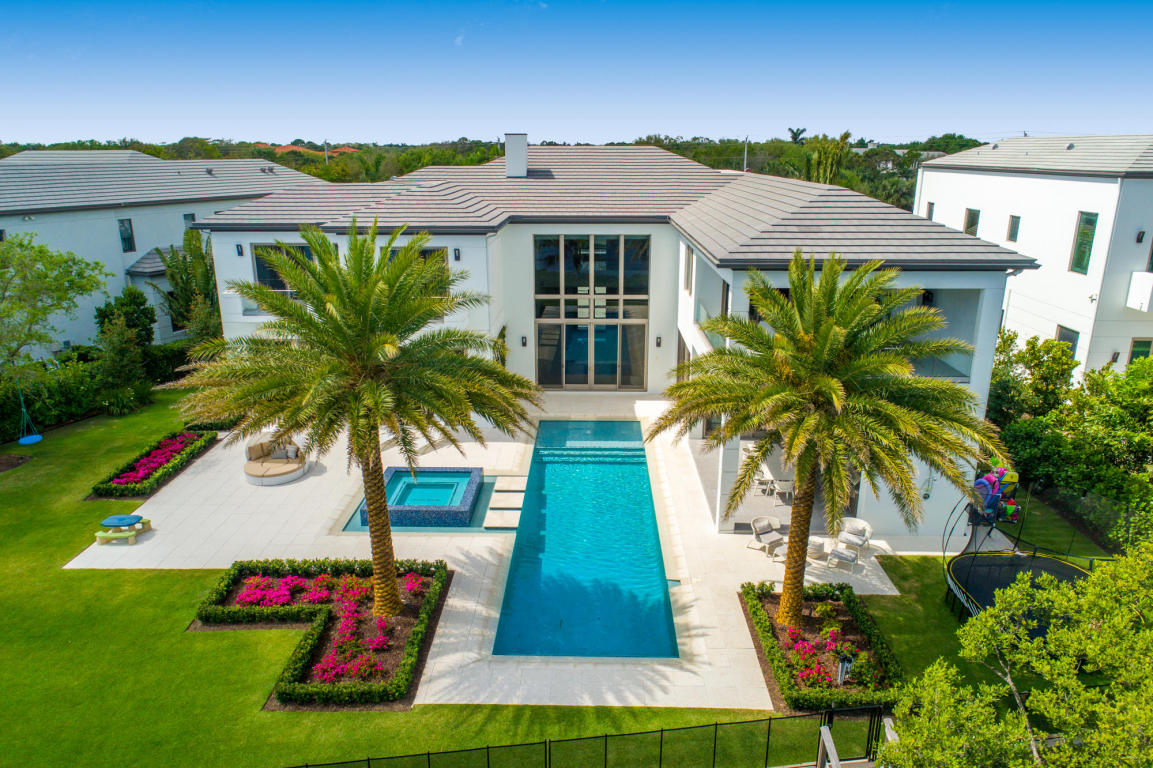 Homes for Sale in Palm Beach Gardens - Real Estate in Palm Beach Gardens