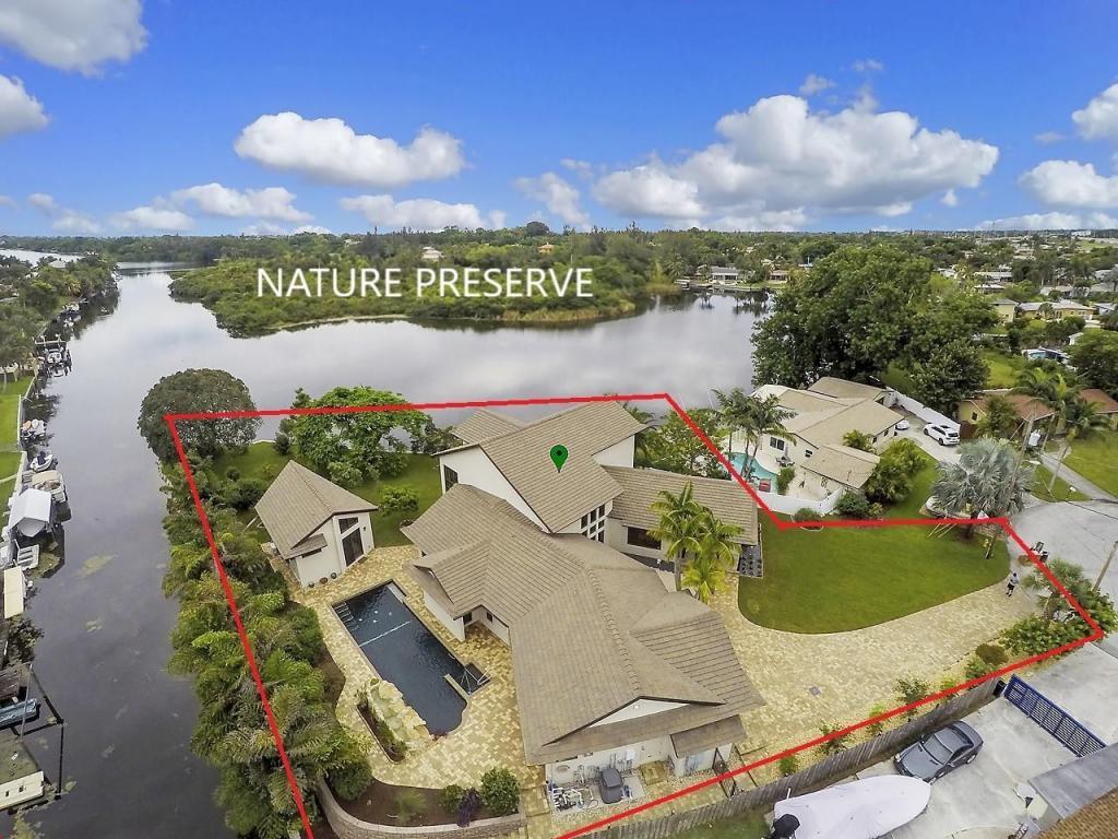 6787 Bayshore Drive Lake Worth, FL 33462
