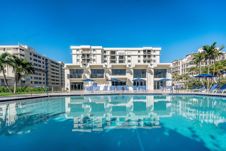 145 Ocean Avenue Unit 215 Palm Beach Shores, FL 33404