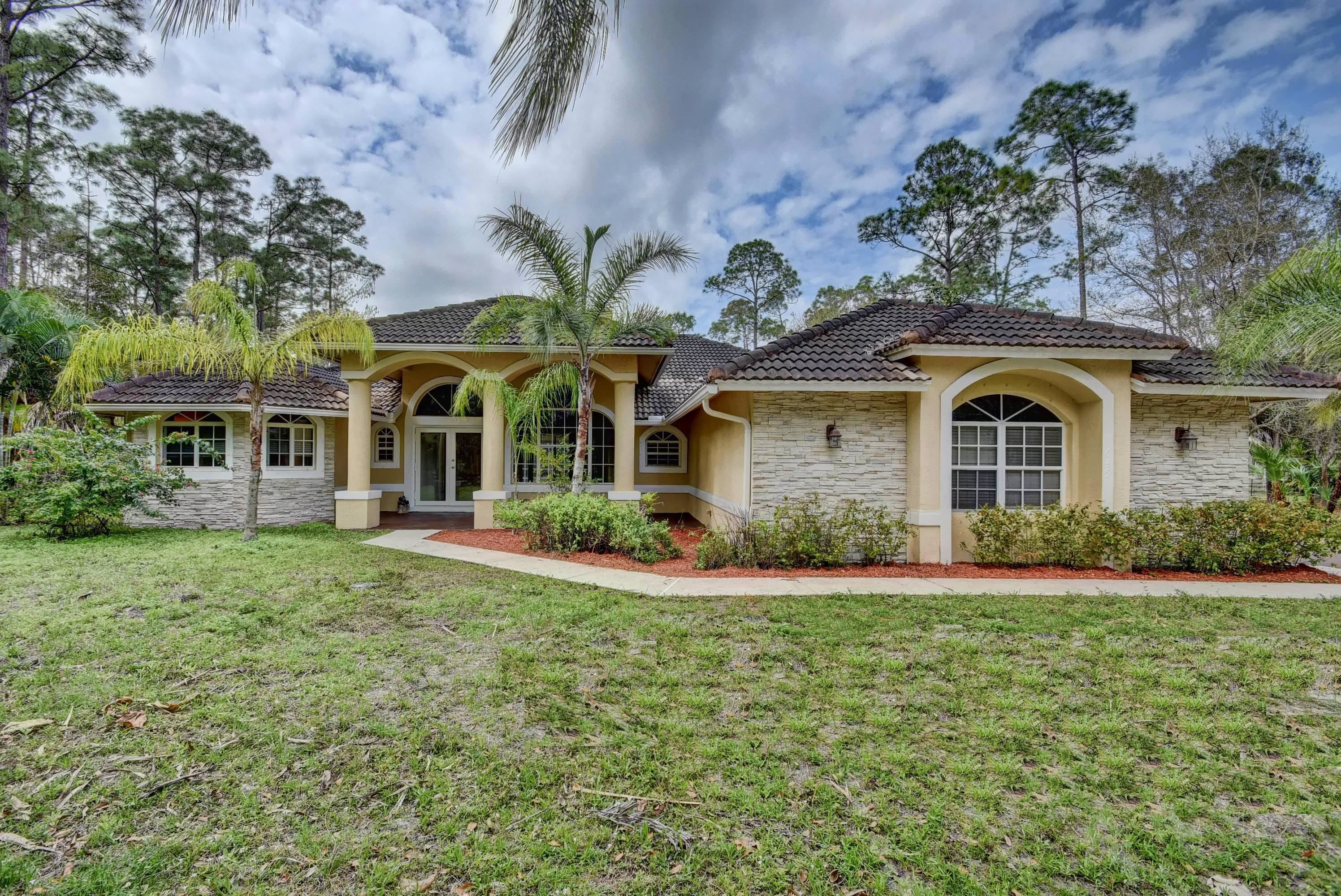 1649 Gallop Drive, Loxahatchee in  County, FL 33470 Home for Sale