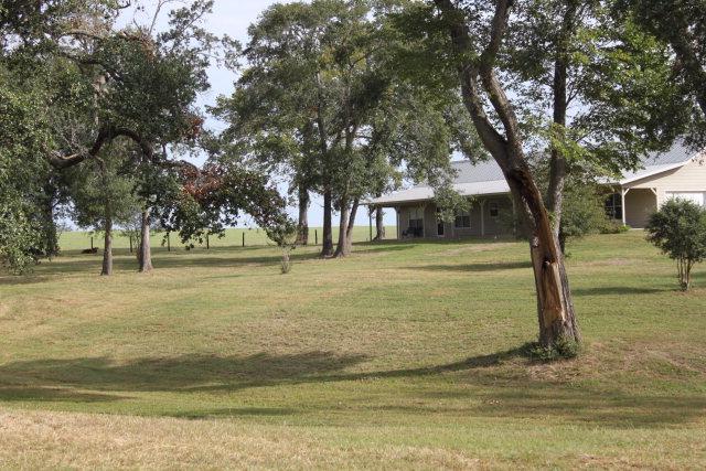 Real Estate for Sale, ListingId: 34118514, Schulenburg,TX78956