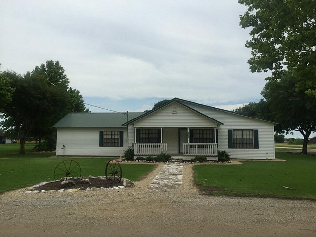 Photo of 407 Orange  Louise  TX
