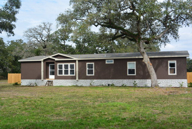 Real Estate for Sale, ListingId: 34253118, Hallettsville, TX  77964