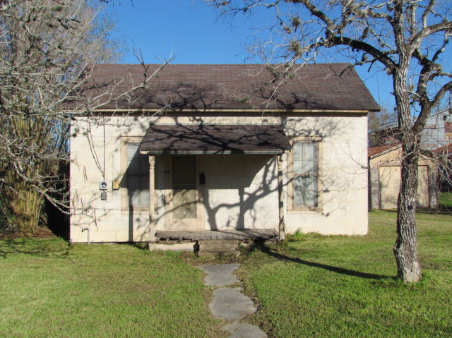 Real Estate for Sale, ListingId: 34403426, Hallettsville, TX  77964