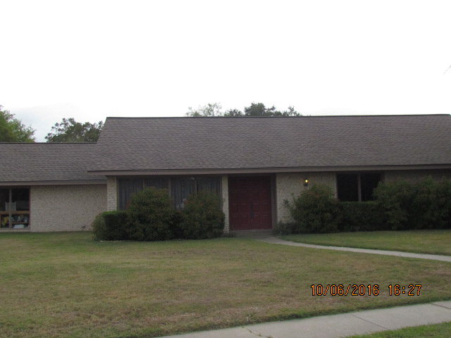 Photo of 102 Bowling Green  Victoria  TX
