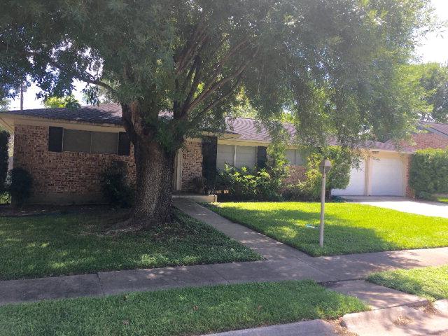 Photo of 2305 College Drive  Victoria  TX