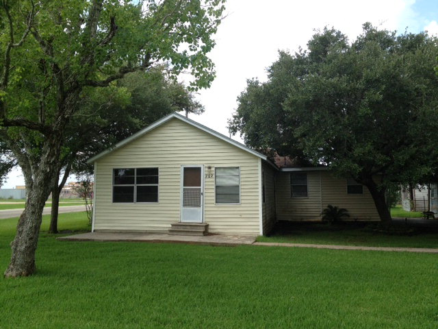 Photo of 262 Arinosa  Vanderbilt  TX