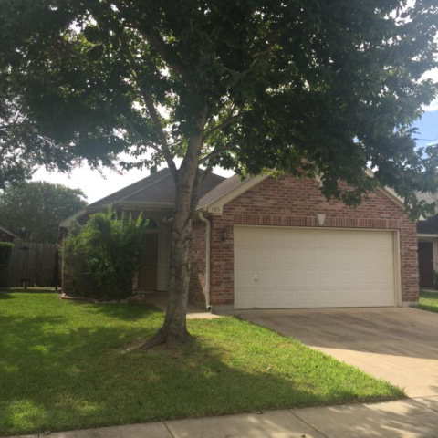 Photo of 103 Winston Court  Victoria  TX