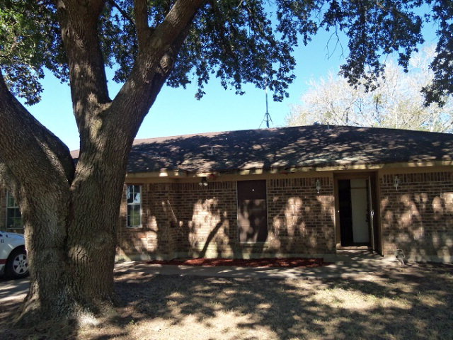 Photo of 204 Michael St  Inez  TX