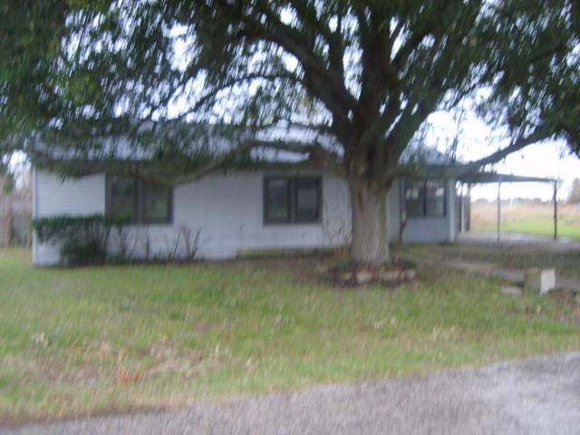 Photo of 158 Eighth  Bloomington  TX