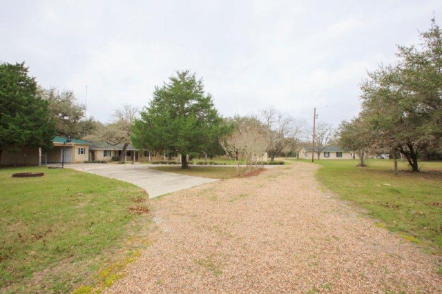 Photo of 1380 Camp Colet Rd  Goliad  TX