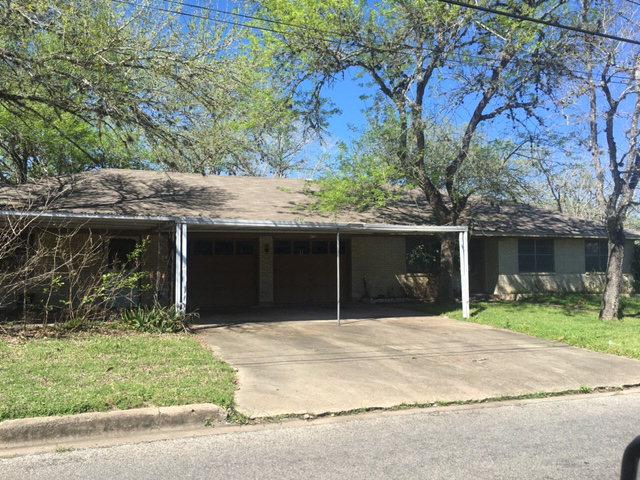 Photo of 412 Lavaca  Yoakum  TX