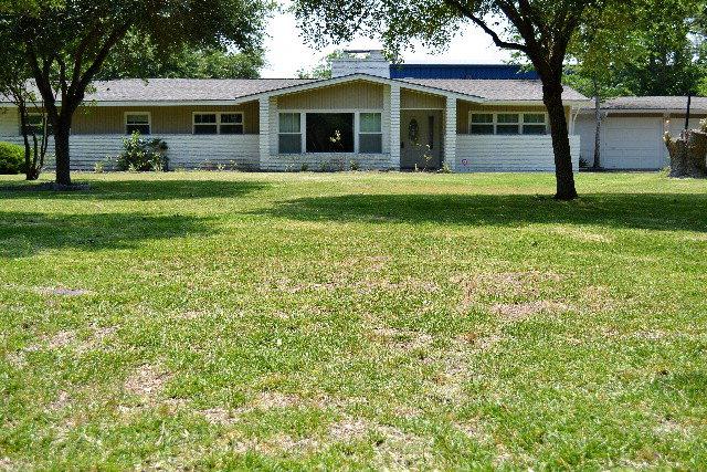 601 Lawndale Ave, Victoria, TX 77901