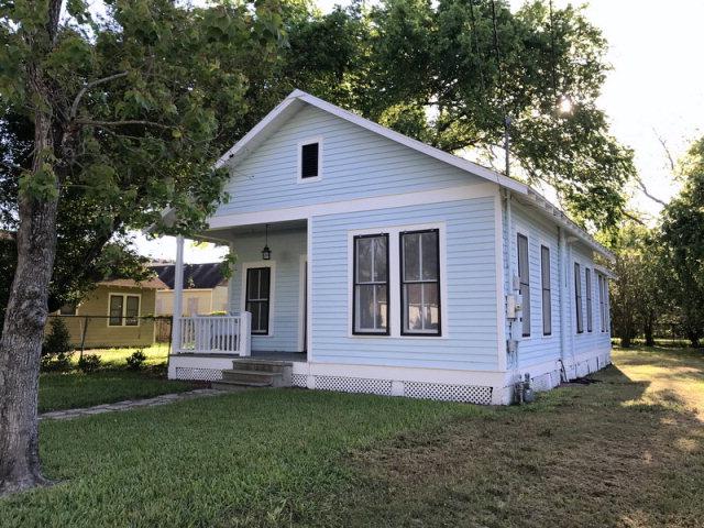 506 S Wheeler St, Victoria, TX 77901