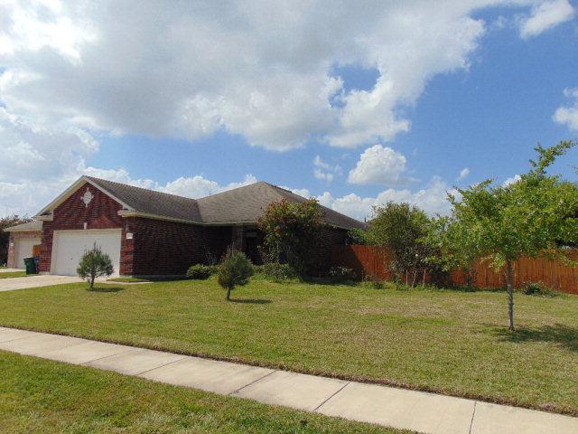 101 Heritage Oak Ct, Victoria, TX 77901