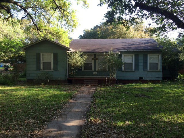 Photo of 736 SW 9th St  Other  TX